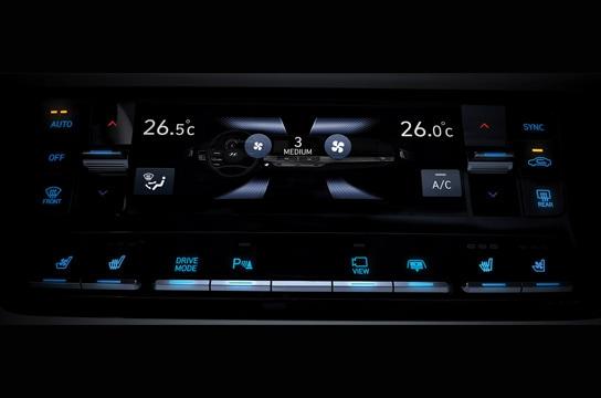 Azera Touch-screen climate controller
